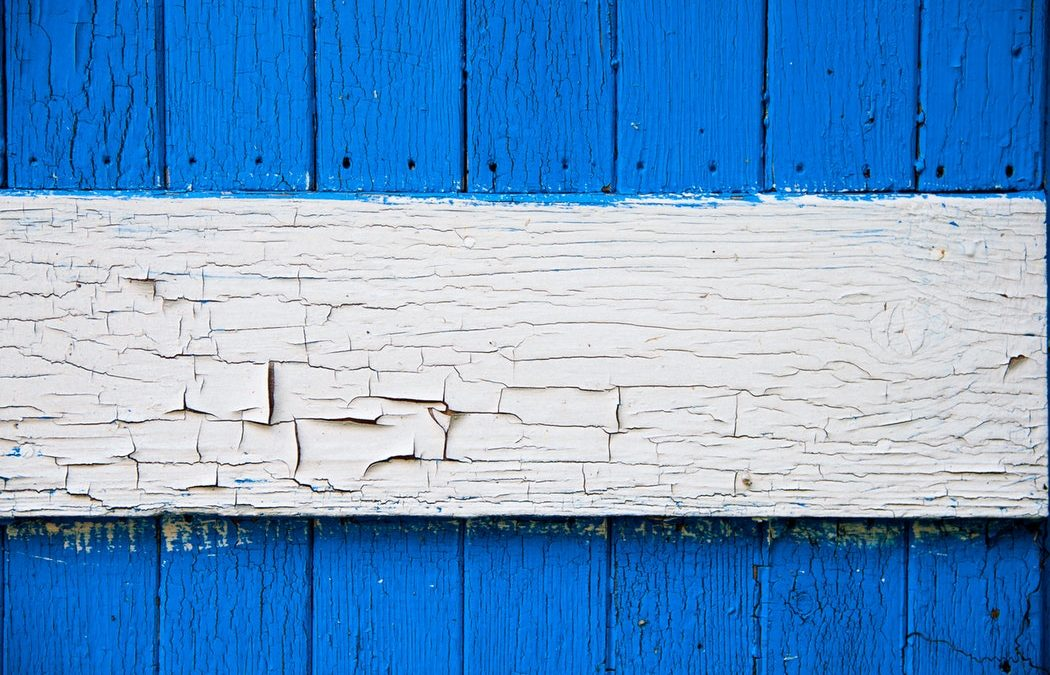 How to Prep Peeling Paint